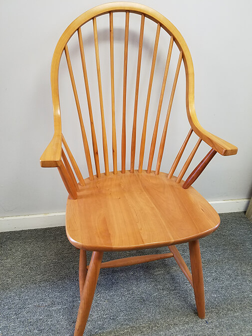 Shaker Furniture Of Maine 187 Cherry Continuous Arm Windsor