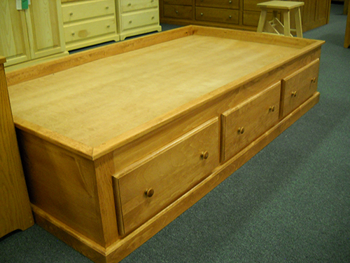 Shaker Furniture Of Maine 187 Pine Platform Storage Bed